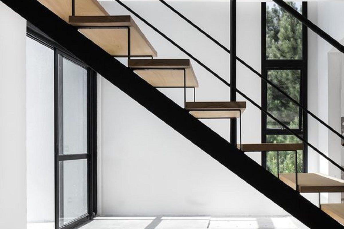 Idee Per Ringhiere Scale Interne Classiche E Moderne Casa Magazine